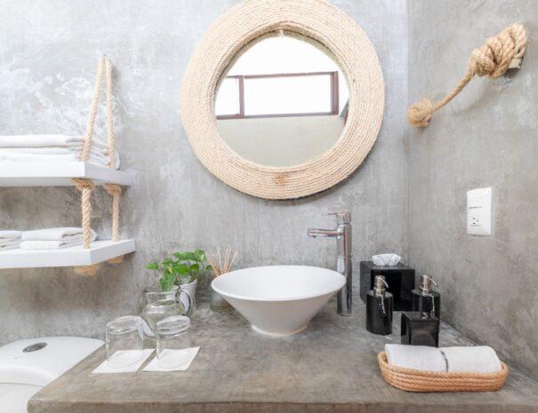 #4 Bathroom sink